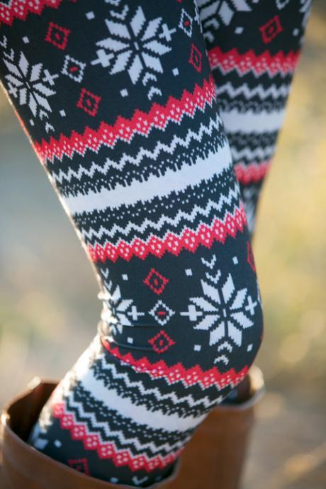 Fashion Geometric Snowflake Print Red Knitting Leggings